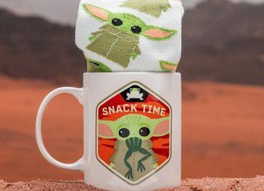 Set de Regalo The Mandalorian con taza y calcetines de Baby Yoda